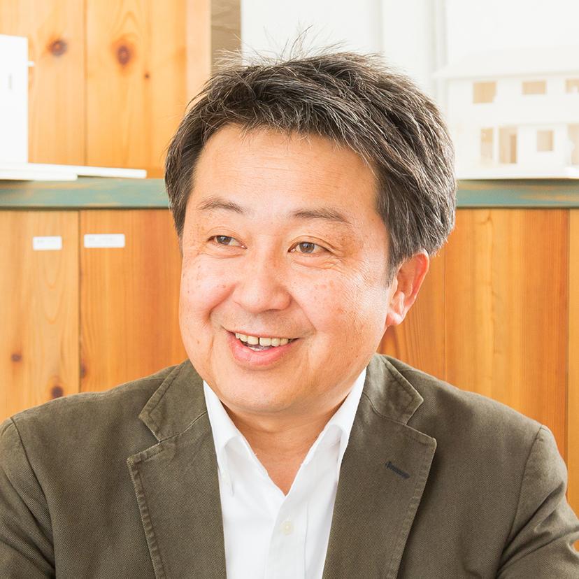 成島 敬司氏